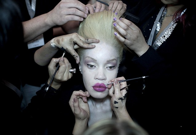 Makeup for women with albinism