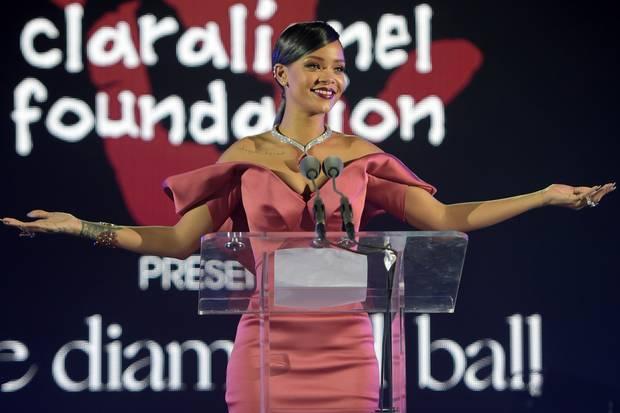 Rihanna helps young Malawian girls.