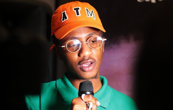 Best Male Artist award and a brand new car for eMtee!