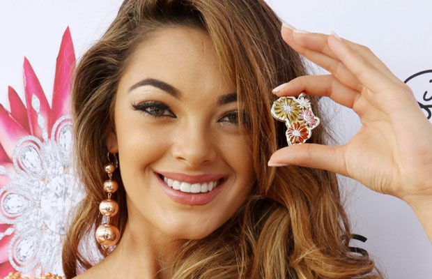 Watch Demi Leigh Tries Some Ice Skating In New York Entertainment SA