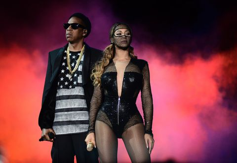 Twitter reacts to JayZ and Beyonce's tour announcement!