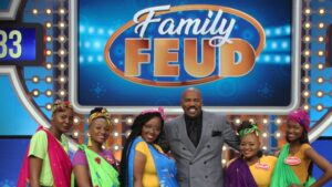 Steve Harvey is looking for SA families to take part in s2 of 'Family Feud'