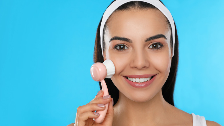 Better ways to clean your skin